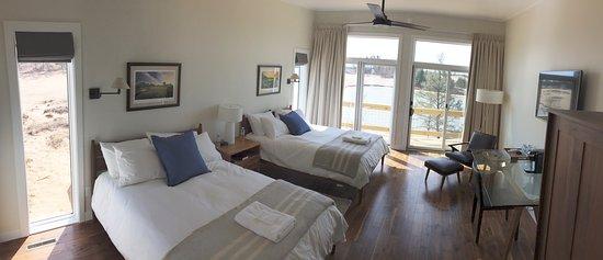 Nekoosa, WI: Lake Leopold Cottage Guest Room