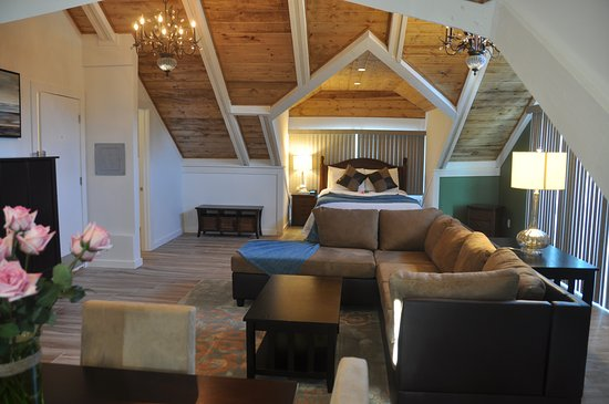 Montara, Californie : Moss Beach Penthouse, 1600 sq ft, ensuite bathroom, private sun deck