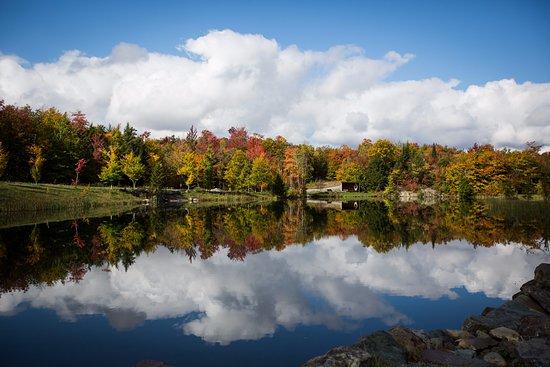 Eastman, Canada: Lac à la source