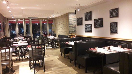 Tzk tables ze komptoir aurillac restaurant bewertungen for Table salle a diner