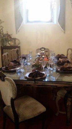 Gambassi Terme, Italia: Pranzo eccezionale .compleanno festeggiato con carezza dei dettagli ricercati con dedizione ed a