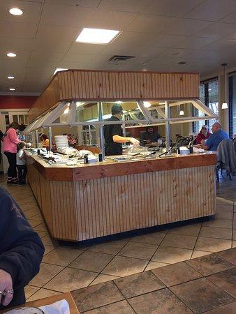 Elizabethtown, KY: Keep the Buffett freshly stocked