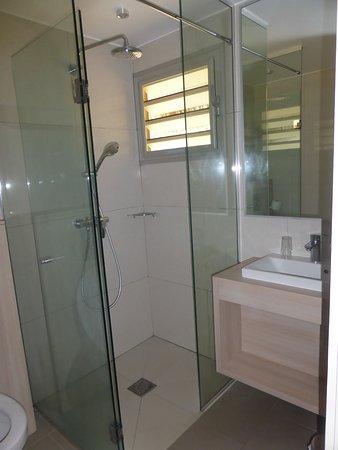 Hotel Malabou Beach: douche à l'italienne