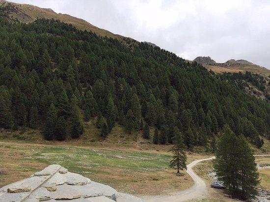 Nus, Włochy: Vista dalla stanza