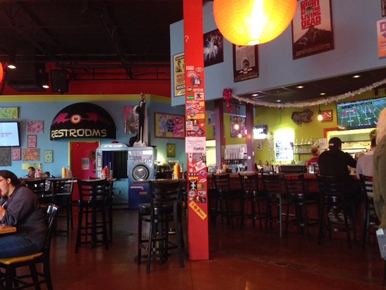 Huntersville, Kuzey Carolina: Inside of Pinky's