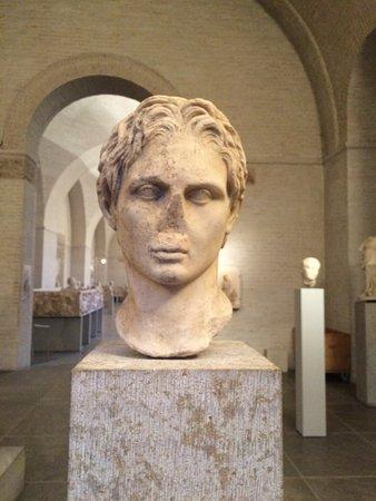 Glyptothek: Alexander the Great, a Roman copy of a Greek original