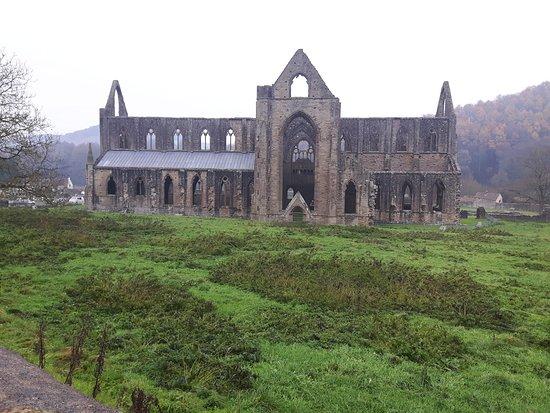 Chepstow, UK: Tintern Abbey