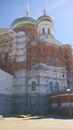 Лысьва, Россия: Реконструкция храма