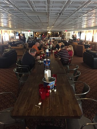 photo0.jpg - Picture of 3rd Deck Burger Bar, Chattanooga ...