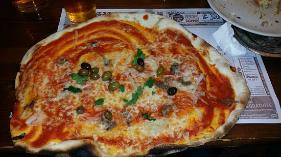 Vitorchiano, Italia: 20161203_222610_large.jpg