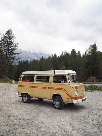 Cran-Gevrier, France: Le combi entre Chamonix et Martigny (si si il y a le Mont Blanc derrière dans les nuages!)