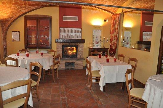 Vinchio, Włochy: Sala con camino