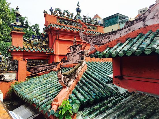 Emperor Jade Pagoda (Chua Ngoc Hoang or Phuoc Hai Tu): photo3.jpg