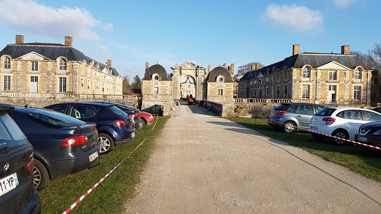 La Ferte-Saint-Aubin