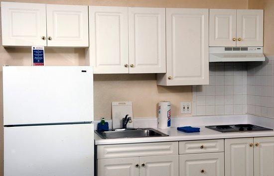 Waynesboro, VA: Kitchen