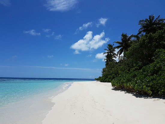 Jumeirah Dhevanafushi: Strand vor unserer Villa