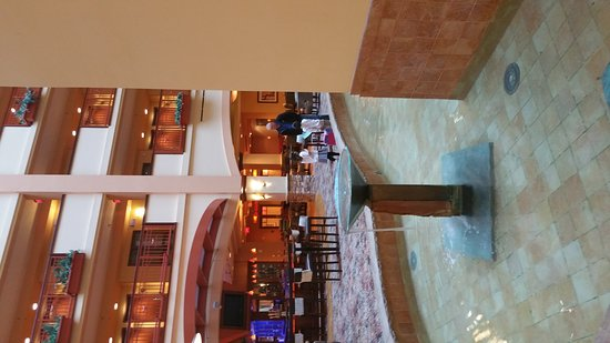 Embassy Suites by Hilton San Marcos - Hotel, Spa & Conference Center: 20161202_144715_large.jpg