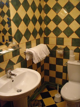 Hotel de Calais Image