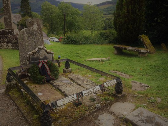 Balquhidder, UK: Rob Roy and his family grave