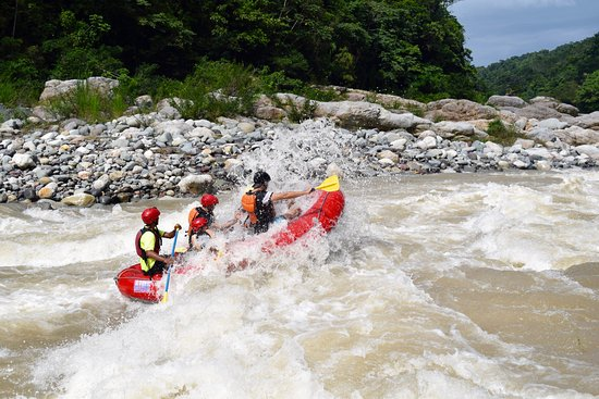 La Moskitia Ecoaventuras: Out on the rapids!