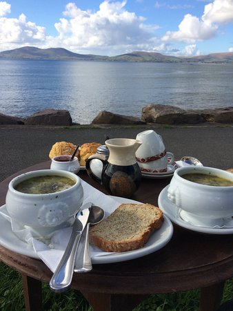 ‪‪Waterville‬, أيرلندا: Potato Leek soup, Fresh scones and tea! Perfect!‬