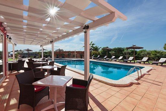 Hotel sa barrera 3 for Barrera piscina