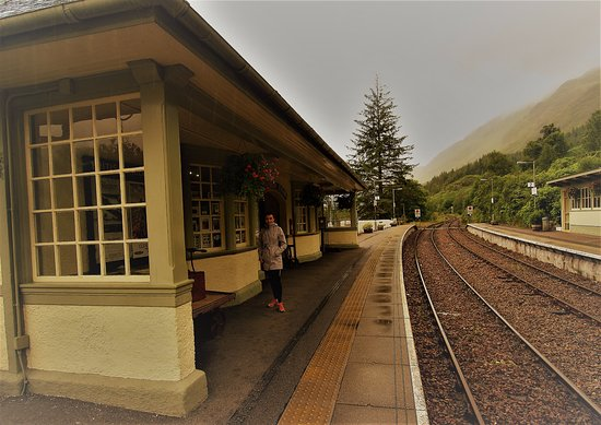 Glenfinnan, UK: Train station