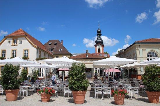 Schwetzinger Brauhaus zum Ritter: Outside seating