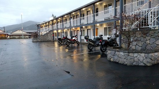 The Pacific Inn Motel Image