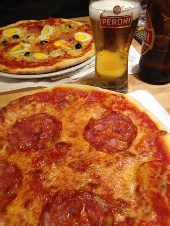Il Grottino Di San Bernardo: Pizza and Beer...yumm!!