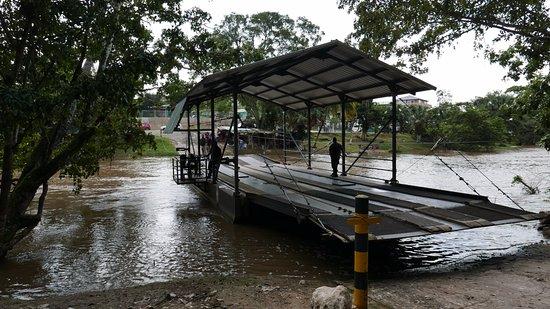 Cayo, Belize: ferry
