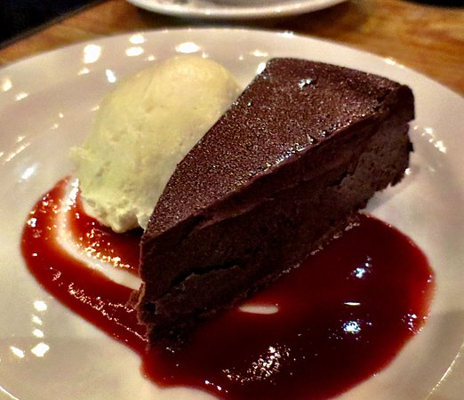 Pittsfield, MA: Flourless chocolate cake