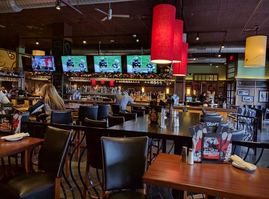 Greenwood, IN: Bar Louie