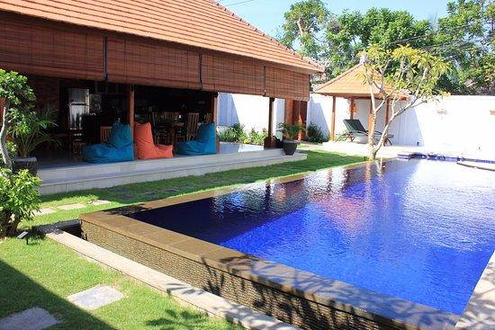 Aquarius Beach Hotel Sanur