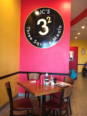 Royersford, PA: Table Setting at Three Square Meals