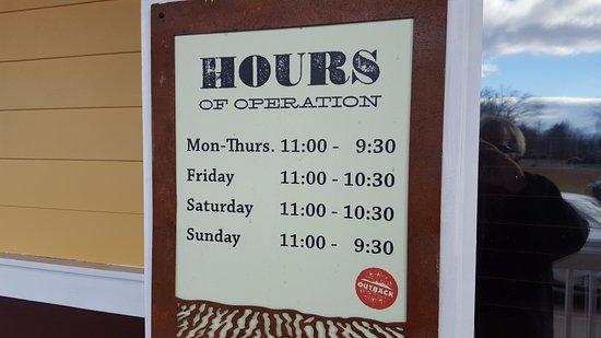 Enfield, Κονέκτικατ: Hours