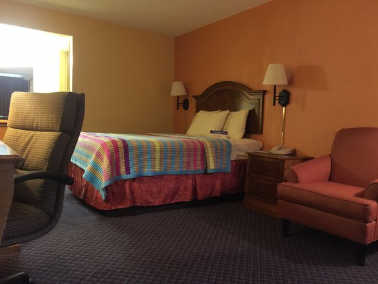 Blytheville, AR: Newly Renovated Room