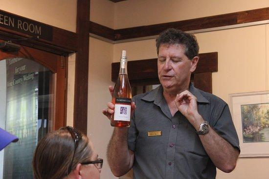 โพโคลบิน, ออสเตรเลีย: Wine tasting, begins!