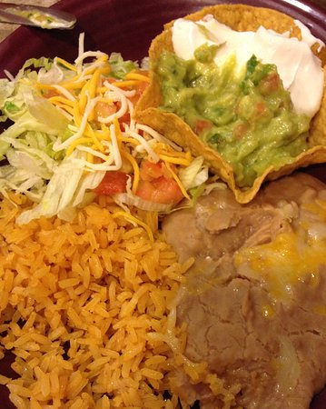 Hermiston, OR: Side of rice and beans that come with the fajitas!