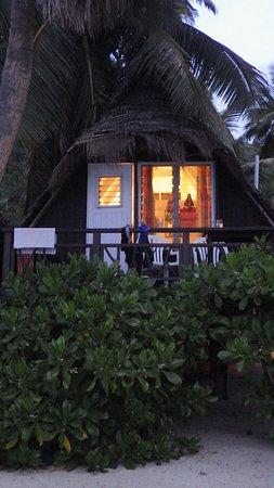Paradise Cove Lodges: our bungalow
