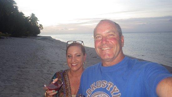 Paradise Cove Lodges: Best sunsets
