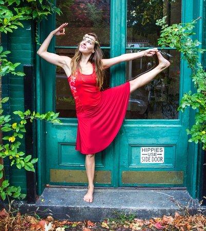 Cold Spring, Estado de Nueva York: Melia Marzolo, Proprietor of Skybaby Yoga & Pilates