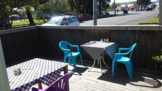 Kaitaia, Nueva Zelanda: Great place for any delicious food at a good price. I orderd the mocha coffee and vegie and baco