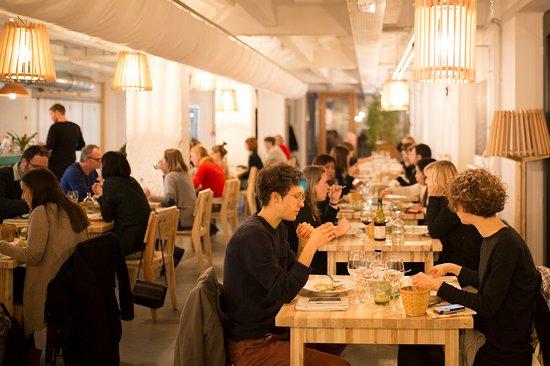 Saint-Jans-Molenbeek, Bélgica: Gastronomic veggi dinner 7 tastes