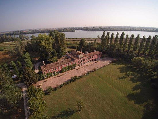 Taglio di Po, อิตาลี: aerial view