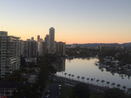 Anacapri Holiday Resort Apartments: Sunrise from Kitchen window