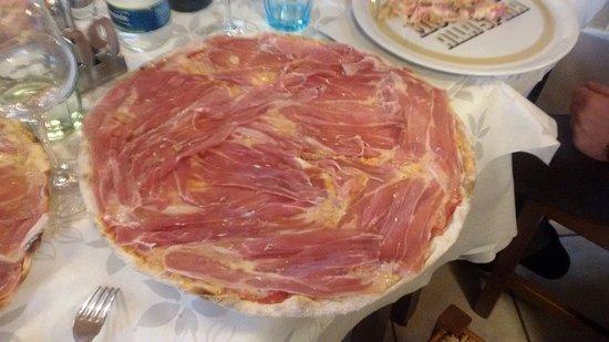 San Martino Alfieri, Ιταλία: pizza al prosciutto