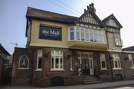 The Mall: Front view from Station Road