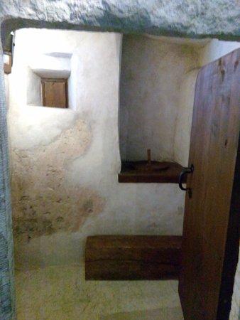 Ida-Viru County, Estland: Средневековый туалет