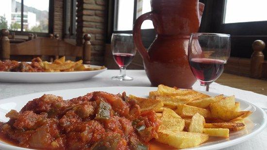 Laujar de Andarax, Spagna: Segundo plato (magra con tomate)